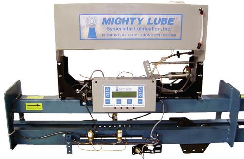model 2005L single line Power and Free conveyor lubricator