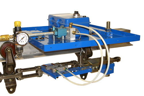 OPCO OP55 Pneumatic Chain Pin Cleaner for overhead conveyors